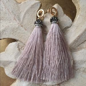 Jewelry - Tassel earrings with Glitter tassel cap
